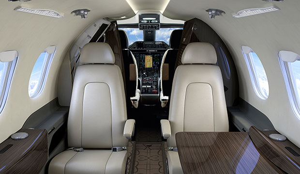 Phenom_100_Entry_Level_Executive_Aircraft_Cabin