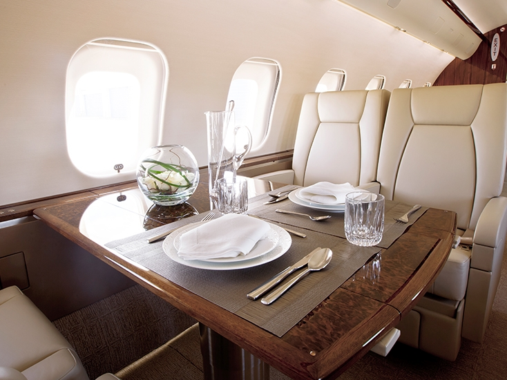 bombardier-global-5000-interior