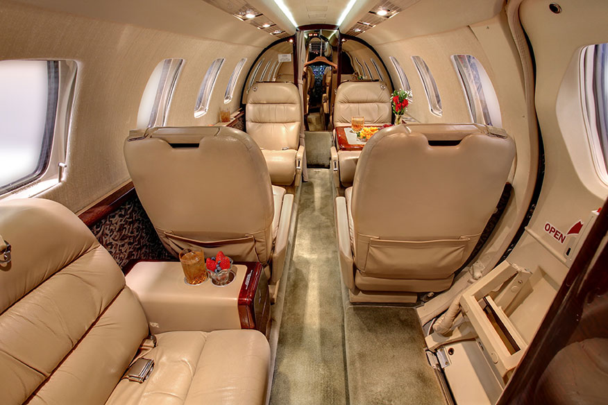 citation-cj1-interior